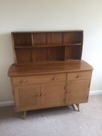 Ercol beautiful '60s Solid Elm and Beech sideboard and matching wall mounted dresser unit