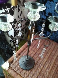 GOTHIC BLACK/GLASS METAL CANDLE HOLDER