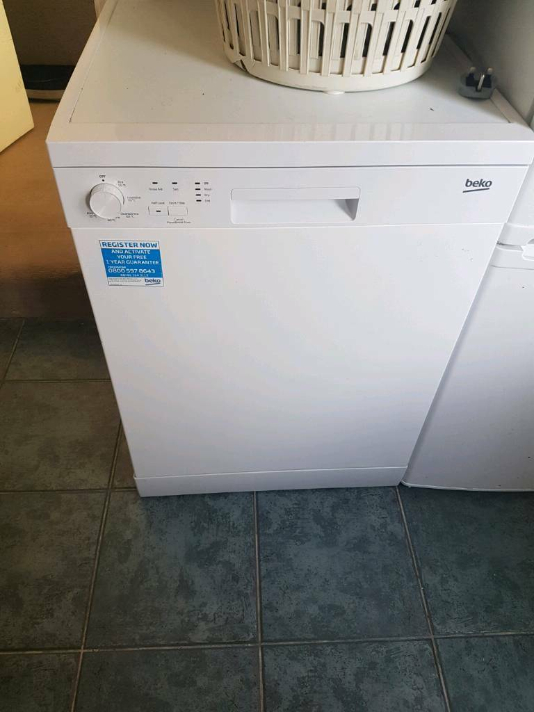 Used Beko DFC05R10W Freestanding Dishwasher