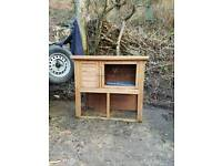 Rabbit hutch in very good condition