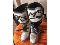 Alpinestars tech 6 motocross boots
