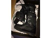Snowboard boots uk 7.5