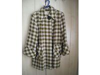 Vintage 1940's swing back coat.made in America by Fargo-Wilson-Wells.size 16/18. £50.