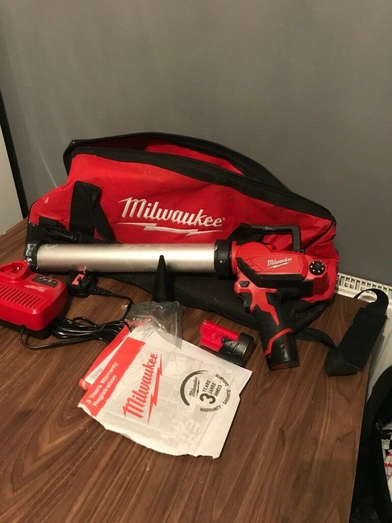 Milwaulkee Cordless Mastic Gun