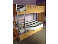 Bunk beds with pull out extra single bed