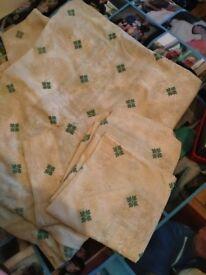 Double bed linen