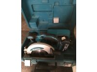 Makita 18 v saw kit