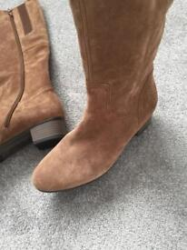 Gabor suede brown boots size 4