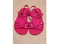 Girls summer sandals. Toddler size 6