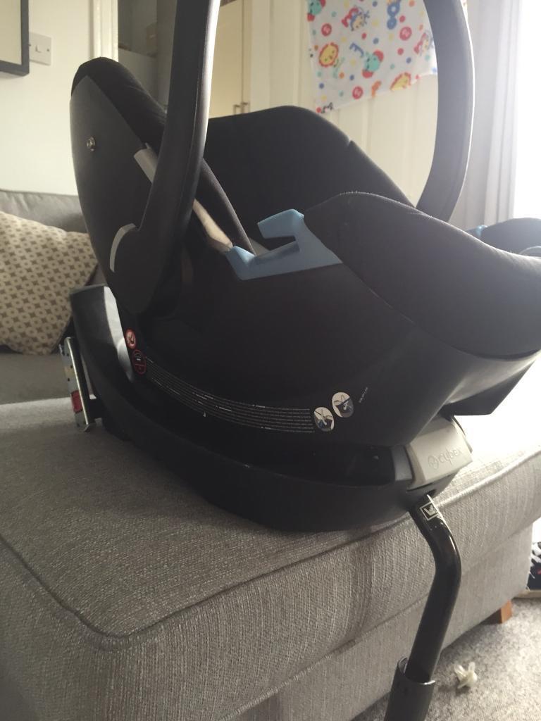 Mamas & Papas cybex Aton car seat and isofix base