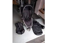 Quinny Zapp pushchair & UNUSED footmuff (with bag).