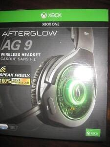 Afterglow AG 9 Wireless Stereo Sound Over the Ear Gaming Headset for Xbox One. USB. AUX. Audio. NEW
