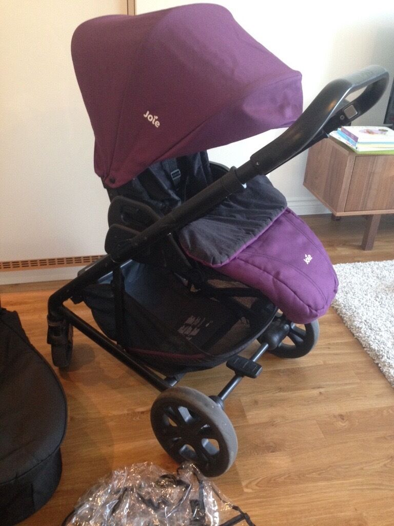 Joie Chrome 3 In 1 Travel System In Bromley London