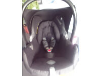 Maxi Cosi Cabriofix car seat - VGC.