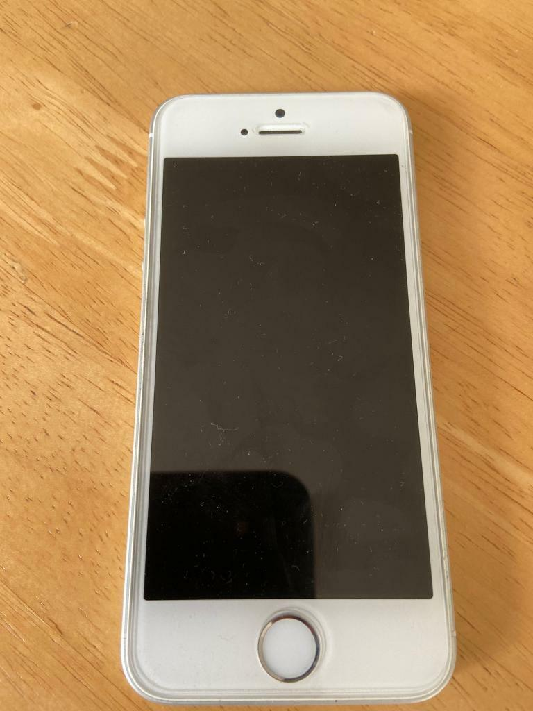 iPhone SE 32GB (1st Generation)   in Newcastle, Tyne and ...