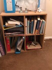 Small wooden shelving unit / book shelf