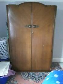 Vintage brown bedroom suite - Price reduced!