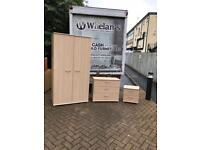 Maple wood wardrobe,chest of drawers & matching bedside lockers £125 the set