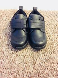 Size 8 mothercare boys shoes