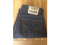 """Diesel Men's Straight Leg Jeans (34""""W x 32""""L) (only worn once) JUST REDUCED"""