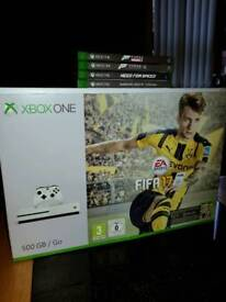 New xbox one s with 4 games & 2 controllers