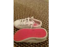 Girls Lacoste trainers 8