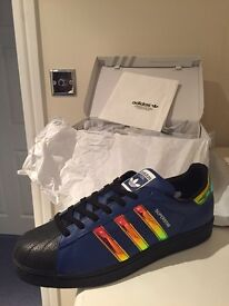 Mens Adidas Trainers size 11 - Brand new only taken out of the box to take photo.