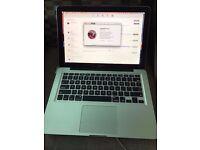 Macbook Pro 8gb ram 2.4ghz