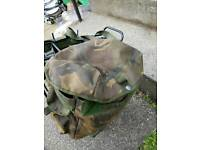Bicycle pannier set including bags