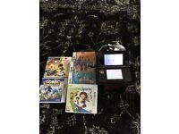 AS NEW 3DS WITH CHARGER AND GAMES