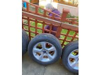 Ford Mondeo or focus 16 inch alloys with brand new unused tyres