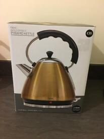 New next gold kettle