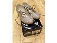 Roch Valley sparkly tap shoes infant size 7