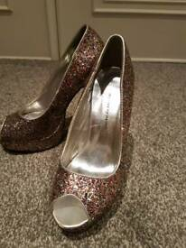 Dorothy Perkins size 4 sparkle shoes