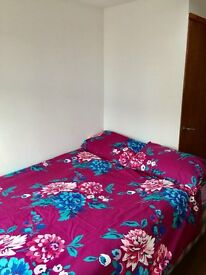 SELF CONTAINED STUDIO FROM £105pw