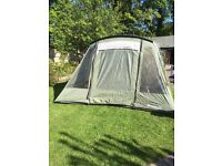 OUTWELL OAKLAND XL WITH SIDE AND FRONT EXTENTIONS