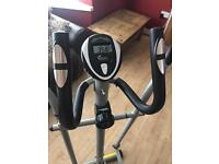 Pro fitness 2 in 1 exercise bike and cross trainer