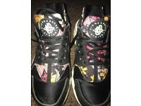 Women's nike trainers size 4
