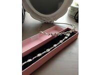 Wedding tiara and bracelet