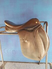 Albion Black Selecta Saddle 15 inch *Charity Sale*