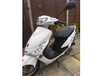 Peugeot V Clic 50cc Starts+Rides good condition