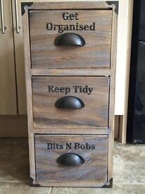 Wooden storage unit (like new)