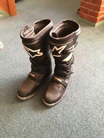 Alphinestars Tech3 motorbikes boots... Size 9 as new only worn a few times