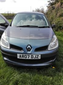 Renault Clio 1.4 2007 plate