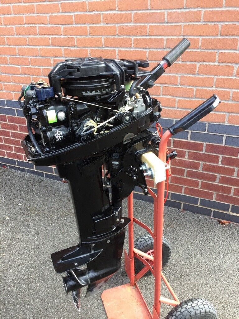 Mercury 6hp 2 stroke Outboard Engine   in Market Harborough, Leicestershire    Gumtree