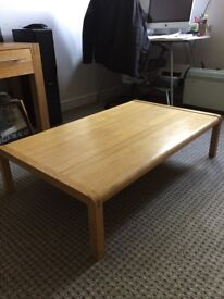 Solid wood quality coffee table