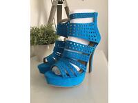 Size 7 Ladies shoe *never worn