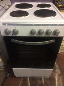 White Montpellier 50cm electric cooker grill & oven good condition with guarantee