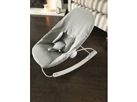 Bloom baby bouncer - light grey (good as new)