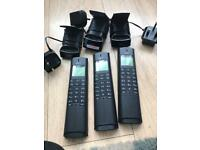 Triple cordless phones with answerphone